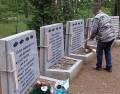 nowe tablice przy Pomniku w Rudzkim Moście 06.2013 1