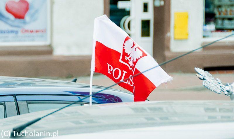 flaga na samochodzie-1