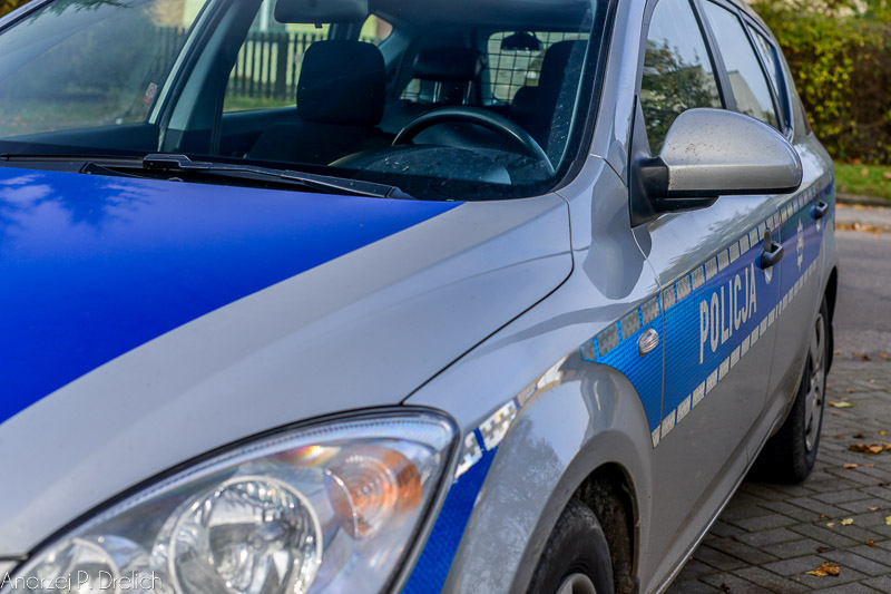Policja radiowóz-1
