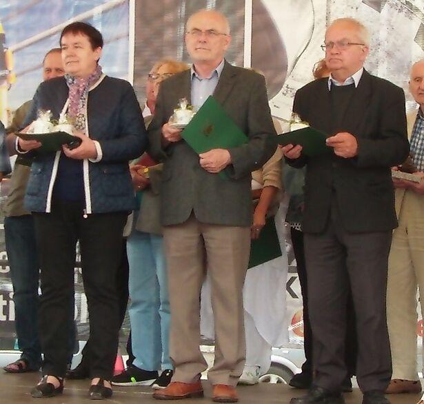 """""""Dzieje Raciąża"""" wyróżnione w Kościerzynie 16.07.2015 (fot. sołectwo Raciąż) 2"""