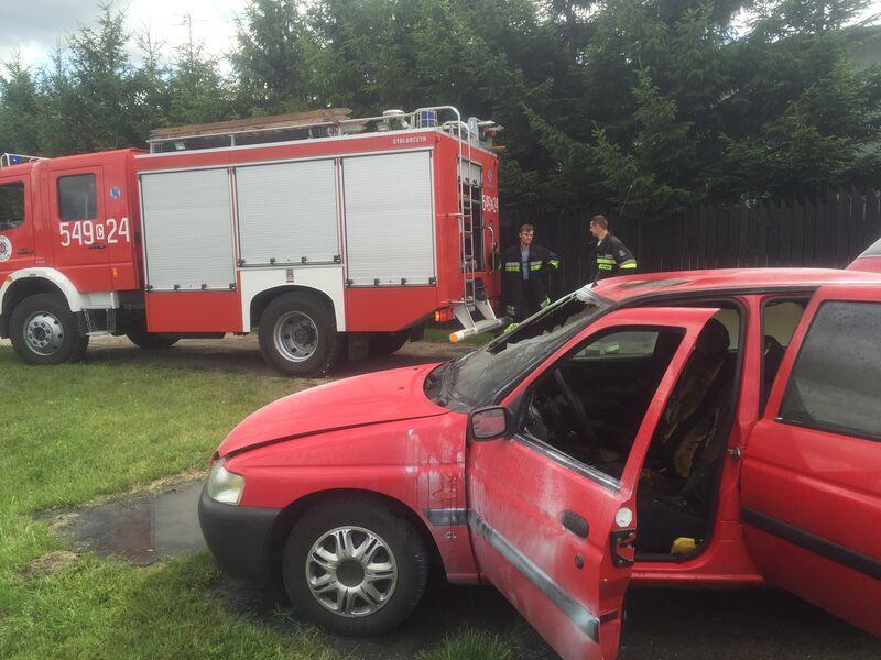 samozapłon samochodu Cekcyn 20.07.2015 2
